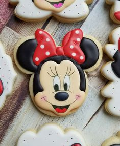 Minnie Mouse Birthday Cakes, Mickey Mouse Baby Shower, Mickey Mouse Cupcakes, Mickey Cakes, Mickey Birthday, 3rd Birthday, Mini Mouse Cookies, Disney Cookies, Cookies For Kids