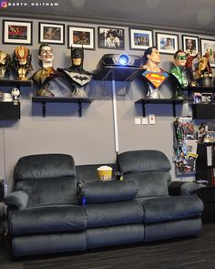 What movies your are planning to watch this weekend! Cant wait for Ant-Man & the Wasp. Also going to check out Pacific Rim Upraising missed it in theater. Nerd Cave, Nerd Geek, Man Cave, Dvd Movie Storage, Batman Comics, Dc Comics, Game Room Design, Room Setup, Pacific Rim
