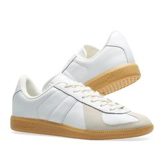 low priced d6e39 b01b5 Adidas BW Army White   Chalk White 7 White Chalk, Vacation Wear, Matilda,