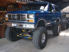 Bronco lifted image by nazty4x4 on Photobucket