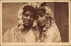 Ansichtskarte / Postkarte Zwei Araberinnen mit Kopfschmuck, Portrait, Blumenkränze, Lehnert und Landrock 189