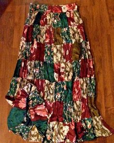 PEASANT, BOHO STYLE SKIRT IN PATCHWORK DESIGN WITH SATIN,FLORALS BY ROMANS,LARGE…
