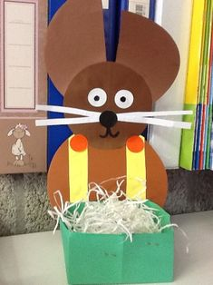 Pasen kleuters | Juf Anke thema en lesidee Easter Crafts For Kids, Crafts To Do, Diy Ostern, Easter Bunny, Halloween, Origami, Projects To Try, Gifts, Blog
