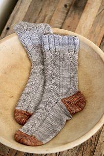 Ravelry: Truffle Hunting Socks pattern by Rachel Anne Bishop Loom Knitting, Knitting Socks, Knitting Patterns Free, Free Knitting, Stitch Patterns, Crochet Patterns, Knit Socks, Knitting Ideas, Knitting Projects