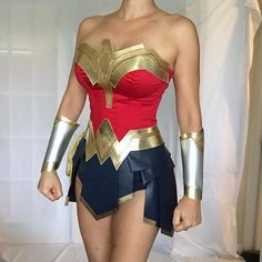 halloween costumes for women - Costumes / Costumes & Cosplay Apparel: Clothing, Shoes & Jewelry Disfraz Wonder Woman, T-shirt Und Jeans, Wonder Woman Cosplay, Wonder Woman Halloween Costume, Wonder Woman Makeup, Wonder Woman Clothes, Wonder Woman Outfit, Gal Gadot Wonder Woman, Boned Corsets