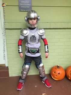 We spent months brainstorming this awesome bot costume! Our 4 year old talked about being a robot for quite a while, so we decided to make it happen. ...