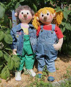 HOLLY & FINN Gestrickte Puppen in Kleinkindgröße