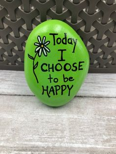 Looking for some easy painted rock ideas to get inspired by? See more ideas about Rock crafts, Painted rocks and Stone crafts. Rock Painting Patterns, Rock Painting Ideas Easy, Rock Painting Designs, Paint Designs, Pebble Painting, Pebble Art, Stone Painting, Paintings, Stone Art Painting