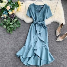 Wrap Dress Womens Dress With Ruffles At The Bottom Dresses Daisy Dress For Less Wickelkleid D. Dresses For Less, Casual Dresses, Fashion Dresses, Maxi Dresses, Wrap Dresses, Elegant Dresses, Beautiful Dresses, Evening Dresses, Formal Dresses