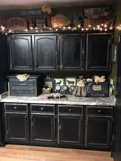 Distressed Black Kitchen Cabinets Cabinet Costs With Faux Distressing Used 3 Different Colors Of Primitive Style Primitivehomes