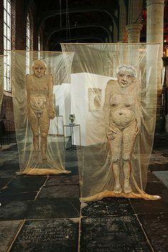 """Mieke Werners. Voor haar project """"van oude mensen..."""". Van 16 juni t/m 24 juli te zien in Galerie ZeeUwArt in Renesse. Meer info op haar website:"""