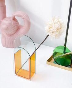 Acrylic Plastic, Acrylic Box, Minimalist Living, Minimalist Decor, Glass Planter, Acrylic Material, Box Design, Simple Way, House Warming