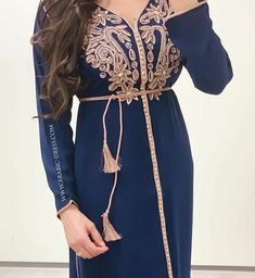 Caftan Dress, Kaftan, Hijab Fashion, Fashion Dresses, Oriental Dress, Moroccan Dress, Stylish Girl Pic, Mode Hijab, Vintage Dresses