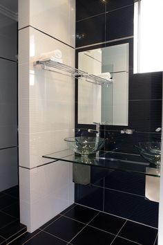 Choose Beaumonts for stunning tiles & bathroom products to suit all styles & budgets. From bathrooms to whole home renovations, make your dream a reality. Beaumont Tiles, Towel Shelf, White Tiles, Beautiful Homes, Sweet Home, New Homes, Shelves, Bathrooms, House