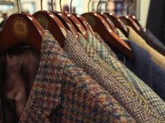 The Tweed Fox — alice-quinn-at-oxford: horizontaljustice: The. British Style Men, Tweed Men, Ivy League Style, Ivy Style, Herren Outfit, Costume Shop, Harris Tweed, Dior, Gentleman Style