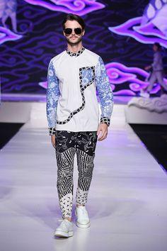 Pretty Boy Swag, Pretty Boys, Batik Kebaya, Fashion Themes, Dapper Gentleman, Yoga Fashion, Basic Style, Food Festival, Traditional Dresses