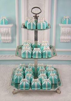 #Tiffany blue mini cakes