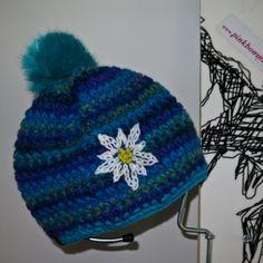 knollhuber edelweiss türkis kunstfellbommel urtyp handmade crochet beanie pinkbommel