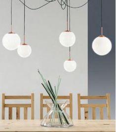 Comprar online Lámpara de techo con globos suspendidos Colección LABOLA