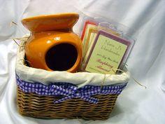 Tart warmer and 3 clamshell tarts gift basket  by NanaJsHandmades, $14.99