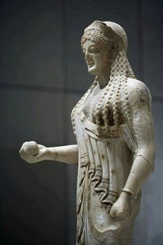 Exhibits from the Acropolis museum in Athens Greece. A goddess holding a pomegranate. Ancient Greek Sculpture, Ancient Greek Art, Ancient Greece, Greek History, Ancient History, Art History, Classical Greece, Mycenae, Hades And Persephone