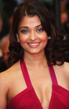 Cute Hotty Aishwarya Rai
