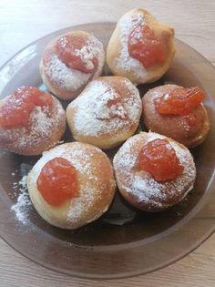 Fánk sütoőből Baked Potato, Hamburger, Bread, Baking, Ethnic Recipes, Food, Candy, Bakken, Breads