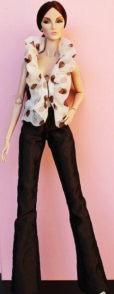 Fashion royalty Elise Montaigne market | Flickr - Photo Sharing!