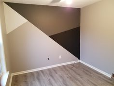 geometria geometria The post geometria & Wohnung appeared first on Geometric paint . Room Wall Painting, Room Paint, Bedroom Wall Designs, Bedroom Decor, Geometric Decor, New Room, Home Interior Design, Room Inspiration, Diy Home Decor