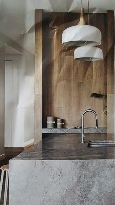 Modern minimalist kitchen design with granite decoration 00027 Condo Kitchen, Kitchen Remodel, Kitchen Decor, Design Your Kitchen, Interior Design Kitchen, Dining Area Design, Minimalist Kitchen, Modern Minimalist, Modern Kitchen Island