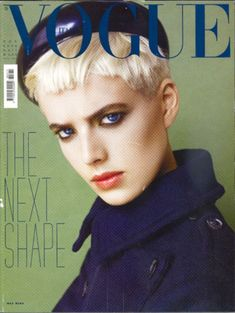 Vogue Italia November 2006 Cover by Steven Meisel (Agyness Deyn) Agnes Deyn, Short Hair Cuts, Short Hair Styles, Short Pixie, Masakazu Katsura, Androgynous Women, Steven Meisel, Vogue Covers, Comme Des Garcons