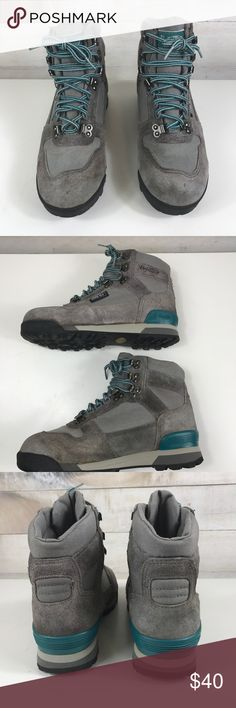 Vasque Men's Hiking Boots Size 8.5 Vasque Men's Hiking Boots Size 8.5. A couple faint stains but in overall great condition. Vasque Shoes Boots