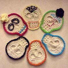 Crochet Sugar Skulls (with written pattern and photo sing-a-long) - CROCHET