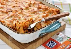 Paste cu pui la cuptor (CC Eng Sub) Chicken Pasta Bake, Romanian Food, How To Cook Pasta, Pesto, Food Videos, Macaroni And Cheese, Main Dishes, Food And Drink, Favorite Recipes
