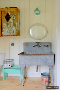 Tour an 18th-Century Newtown Saltbox | Country houses, Double vanity Houzz Rustic French Farmhouse Designs on rustic home design, white farmhouse design, rustic bath design, rustic winter design,