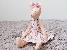 Zabawka - miś Panna KORNELIA  w Manufaktura Domowa na DaWanda.com