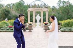 First look wedding photography, cute reaction pictures