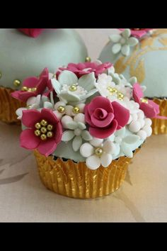 Cake... So cute