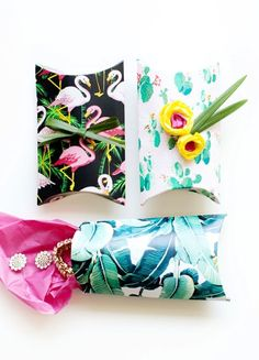 DIY Pillow boxes with the Gift Box Maker from #marthastewartcrafts  #12MonthsofMartha