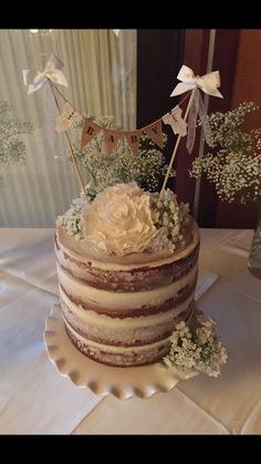 Rustic cake for baby shower Baby Shower Cakes Neutral, Idee Baby Shower, Baby Shower Parties, Baby Shower Themes, Baby Boy Shower, Baby Shower Decorations, Shower Ideas, Tortas Baby Shower Niña, Gateau Baby Shower