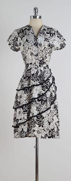 Vetiver . vintage 1940s dress . vintage by millstreetvintage