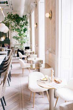 RESTAURANTS WELTWEIT   Entdecken Sie einige der schönsten, zeitgenössischen und luxuriösen Restaurants in Madrid und in anderen großen Zauberstädten rund um die Welt. Klicken Sie auf das Foto, um mehr Inspiration zu bekommen. www.wohn-designtrend.de #wohndesign #restaurants #modernerestaurants #restaurantsdesign #schönerestaurants #besterestaurants