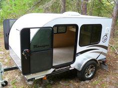 Fantastic Teardrop Camper Trailer Design Ideas For Nice Camping Small Camper Trailers, Tiny Camper, Small Trailer, Rv Campers, Travel Trailers, Camp Trailers, Camping Trailer Diy, Diy Camper Trailer, Camper Caravan