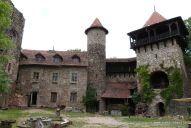 Nový hrad u Adamova - z Adamova na zříceninu hradu Nový hrad.