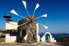 Cyclades Mill - Santorini - Wikipedia, the free encyclopedia Kusadasi, Olympia, Old Windmills, Creta, Greece Islands, Greece Travel, Greece Vacation, Travel Around The World, Wonders Of The World
