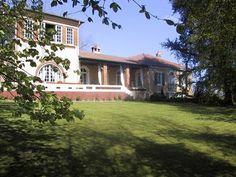 Chambres d'hôtes à vendre à Montfort-en-Chalosse dans les Landes, Maison d'hôtes et dépendances situées à 15 km de Dax et 80 km de Biarritz