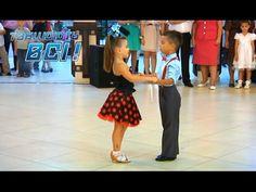 Видео, покорившее весь мир! Зажигательный танец юных бальников - YouTube