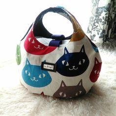 Handmade Fabric Bags, Japanese Bag, Embroidery Bags, Handbag Patterns, Craft Bags, Linen Bag, Patchwork Bags, Cotton Bag, Cloth Bags