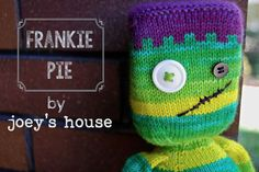 New Joey's House pattern available here: http://www.ravelry.com/patterns/library/frankie-pie