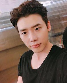 "September 2017 Leejongsuk's IG Update "" 🙋♂️ "" Source: Lee Jong Suk Ig, Lee Jung Suk, Suwon, Asian Actors, Korean Actors, K Pop, Choi Daniel, Young Male Model, Def Not"